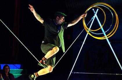 Cultura inunda el Passadís de les Arts amb circ per a celebrar el Nadal