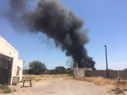Gran incendi en un dipòsit de pneumàtics de Castelló