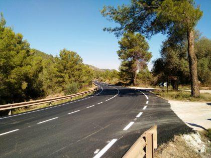 Un cotxe i un camió xoquen a la Vall d'Uixó
