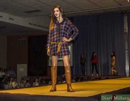 La Falla Barri d'Onda porta la moda a Borriana