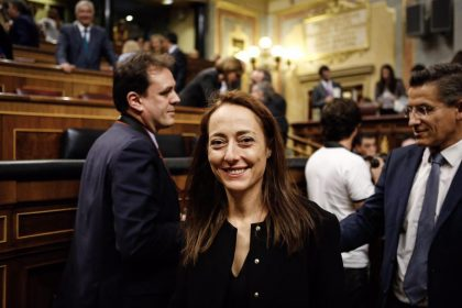 """""""La política seriosa"""" – L'opinió de Sandra Julià"""