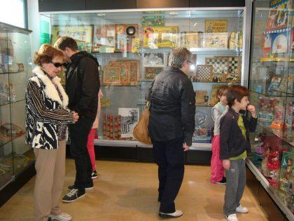 El Museu del Joguet d'Almassora es trasllada a l'Espai Mercat per a guanyar espai i accesibilitat