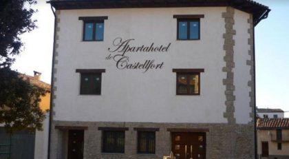 Castellfort licita l'explotació de l'aparhotel municipal