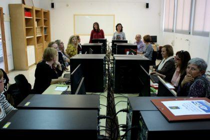 El taller de comunicació i xarxes socials per a ONGs es trasllada al Centre de Formació d'Almassora