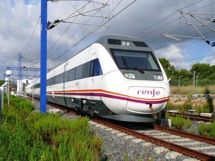 El tren torna a connectar Vinaròs amb Madrid