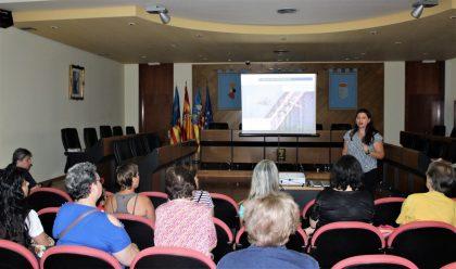 Borriana inicia les xarrades informatives contra el mosquit tigre que es repetiran durant tot el mes de juliol