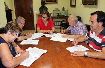 Les tres associacions de jubilats i pensionistes de Borriana signen els convenis amb l'Ajuntament