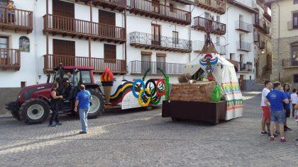 Les carrosses de l'Anunci entren a Morella