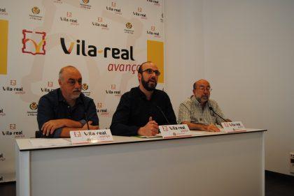 El Correllengua porta la seua flama als col·legis i carrers de Vila-real