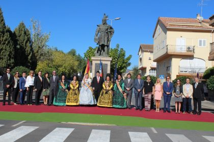 Nules ret homenatge al rei Jaume I en la celebració del 9 d'Octubre
