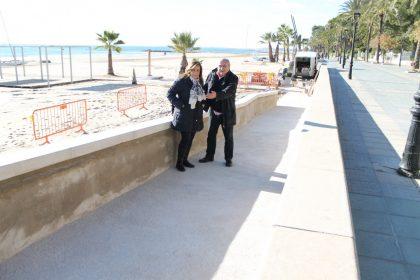Benicàssim millora l'accessibilitat de les seues platges amb un nou accés universal a la platja de Voramar
