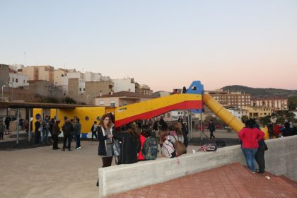 L'Alcora inaugura la zona infantil del parc Germanes Ferrer Bou