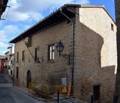 Morella realitza millores a la Confraria i es prepara per als festejos de Sant Antoni