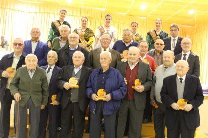 Nules tanca la setmana clemenules homenatjant als llauradors de més de 80 anys