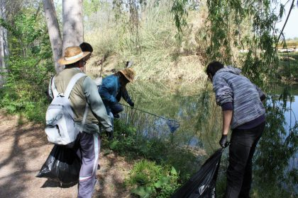 Borriana, Fundació Limne i AAVV del Grau es posen «Mans al Riu» per seguir netejant el Clot de la Mare de Déu