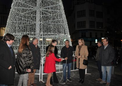 Les millors imatges de les llums i la fira de nadal a Borriana