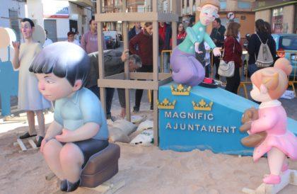 Les millors imatges de la plantà de la falla de l'AFDEM a Borriana
