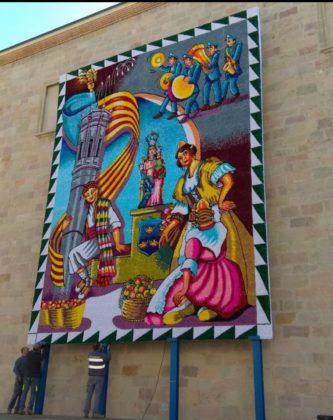 El tapís faller ja llueix a Borriana