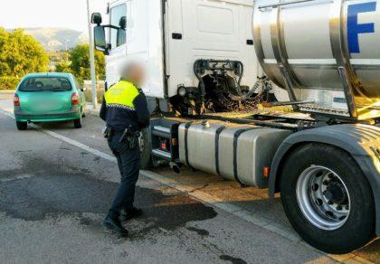 Dues persones detingudes per robar Gasoil a la Vall d'Uixó