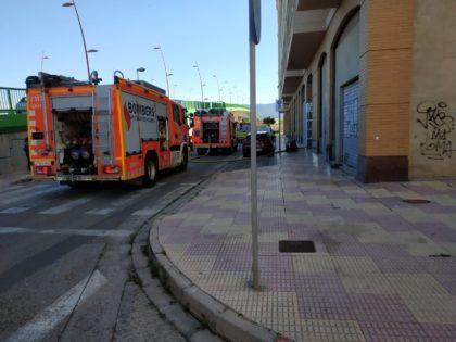 S'incendia un edifici de nou pisos a Cullera