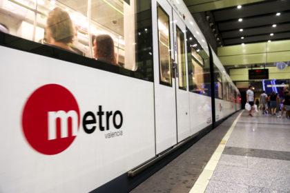 La Generalitat completarà el control d'accés a l'estació d'Entroncament de Metrovalència amb una nova línia de validació per a evitar el frau