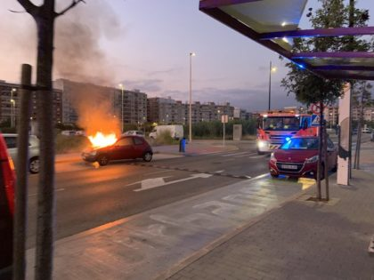 Incendi en un vehicle a Gandia