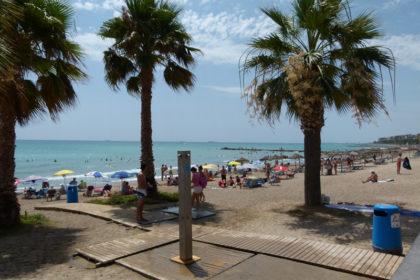 Benicàssim estudia ampliar els quiosquets de platja a la zona sud