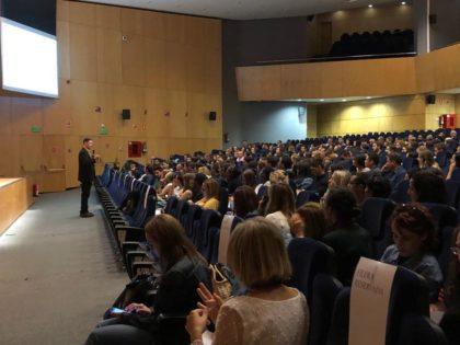 Alacant celebra la jornada d'acollida a 283 auxiliars de conversa en anglès de Primària