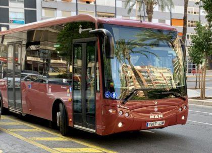 5.551 alzirenys utilitzen gratuïtament el transport urbà gràcies a la Targeta Social implantada en 2015