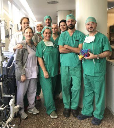El Servei de Cirurgia de l'Hospital Clínic de València realitza una cirurgia hepàtica extrema amb ajuda de la impressió 3D del tumor i fetge de la pacient