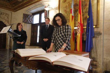El president Puig presidix la presa de possessió de Tudi Torró com a membre de l'AVL