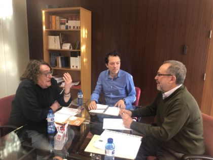 Castelló s'unix a l'AVL per a crear una programació estable de cinema en valencià