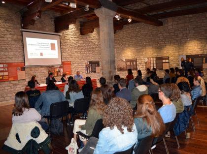 Morella concedeix la Creu de Santa Llúcia a la Xarxa Vives d'Universitats i als alcaldes de Xiva, Ortells, Herbeset i La Pobla d'Alcolea