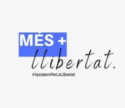 """Alejandro Sanz i Carlos Revert (Més llibertat): """"Per a qualsevol escenari de retallada de llibertats allí estarem nosaltres per a anunciar-ho, recollir-ho i actuar"""""""