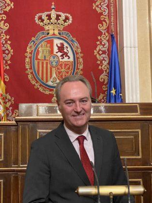 L'expresident de la Generalitat i senador Alberto Fabra abandona l'UCI de l'hospital