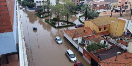 Inundacions en els carrers del port de Borriana
