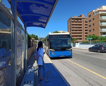 El servei d'autobús que connecta Benicàssim amb Castelló amplia la seua freqüència a partir del dilluns 8