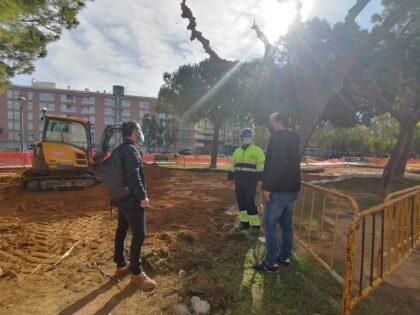 L'Ajuntament de Peníscola inicia la millora de la zona de descans i esbarjo enfront de l'Edifici Sociocultural