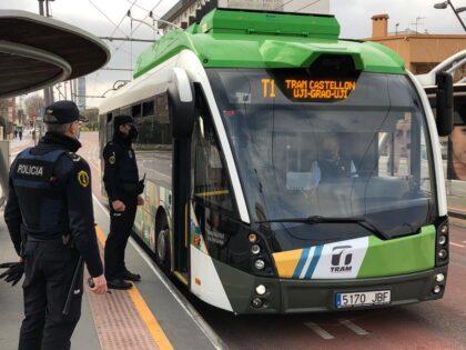 La Policia de la Generalitat imposa 359 multes i sanciona a tres establiments durant el quart cap de setmana de tancament perimetral