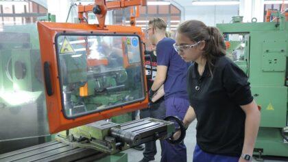 Educació ampliarà en 6.000 places l'oferta d'FP amb 181 cicles i 28 cursos d'especialització nous