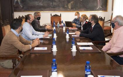 La Diputació de Castelló i la patronal ltur Hosbec Castelló estudien canvis en el model de 'Castelló Sènior' per a adaptarlo al mercat actual